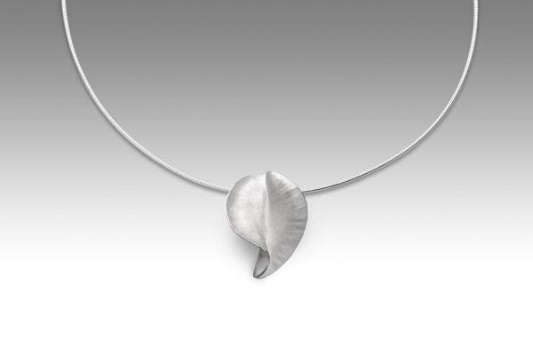 Conch pendant by Rauni Higson